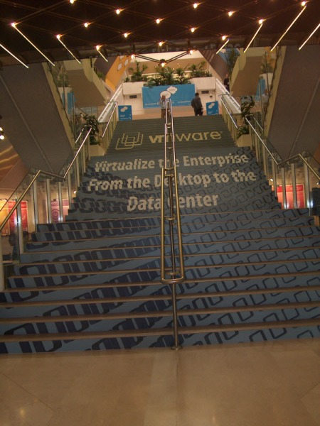 vmworld 2009 Europe stairs